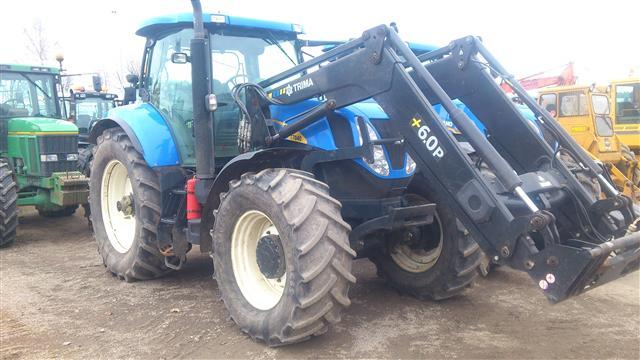 New Holland T7040 SS