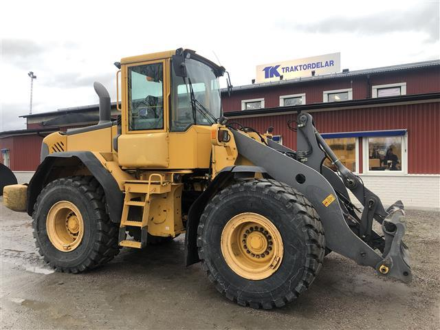 Volvo L90E Dismantled: only parts